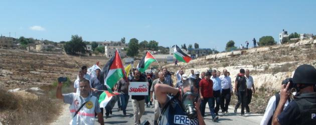 Fotorelacja z piątkowej pokojowej demonstracji pod hasłami polskiej Solidarności w Nabi Saleh
